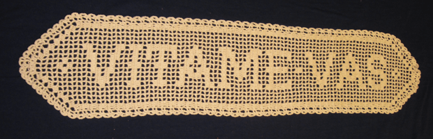 Doily that says Vitame Vas